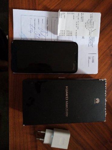 Huawei MATE 20 LiteKoriscen desetak meseci. Ocuvan i u izuzetnom