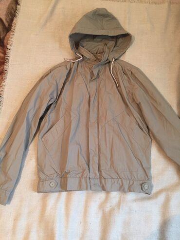 Мужская одежда - Кара-Балта: Мужская олемпийка в очень хоролем состоянии Размер примерно 48-50