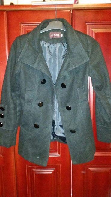Crn zimski kaput, nov, nikad nije nošen, etiketa je samo skinuta, veli - Veliko Gradiste
