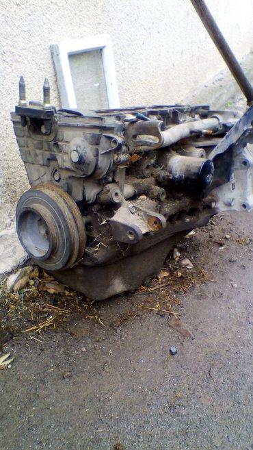 Продаю блог двиготеля от хонда степ рф1  ЗА 1000 СОМ есть запчасти т д в Бишкек