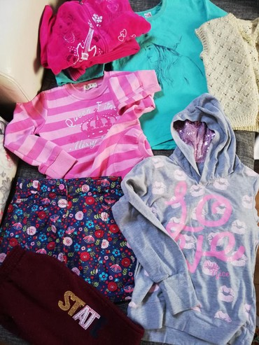 Zimska suknjica - Srbija: Paket vel.10-11 stvari za devojcicu 8 komada. Plisana Trenerka
