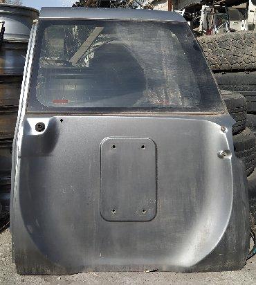 nissan patrol y61 в Кыргызстан: Nissan Patrol Y61 (дверь багажника) крышка багажника правая (Ниссан