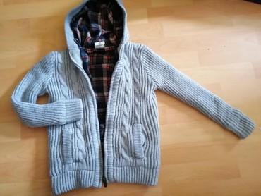Ostala dečija odeća | Uzice: Dzemper, kao nov, bas kvalitetan i dosta placen. 140 velicina