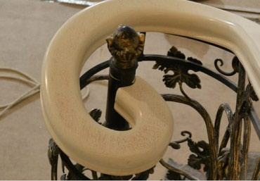 чердачные складные лестницы в Кыргызстан: Гнутые перила для лестниц
