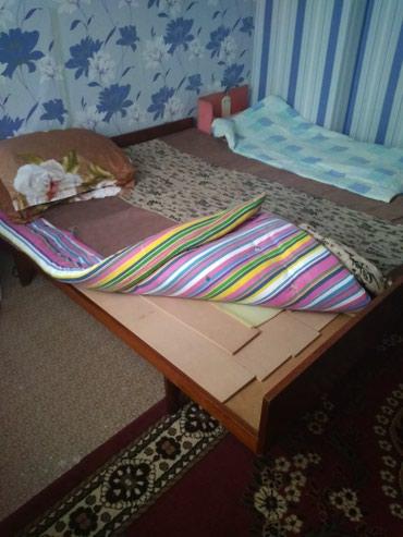 Кровать без матраса в Токмак