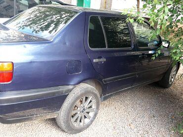 Volkswagen Vento 1.8 л. 1994 | 123456789 км