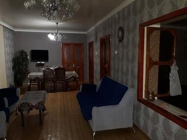 Недвижимость в Ширван: Heyet evi satilir,3 otaq bir zal,bir kuxna,heyetde bir ayrica salon.ev
