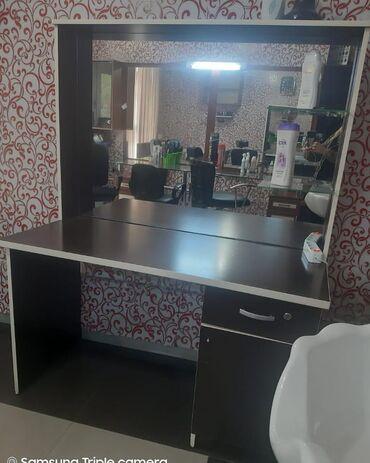 Salon ucun masa satilir 100azn. Unvan Zabrat1. Nura