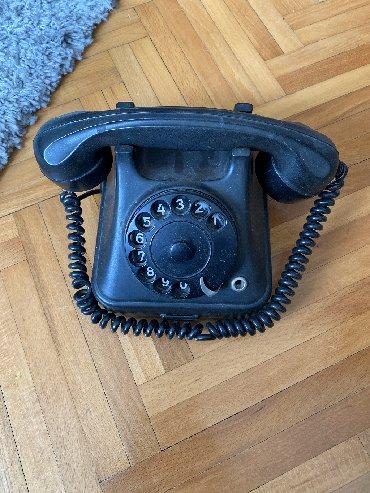 Stari Fiksni telefon Neispitan
