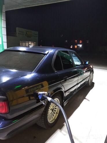 BMW 518 2 л. 1993 | 777777777 км