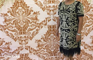Очень красивое платья б. у в идеальном состоянии 50-52р в Бишкек