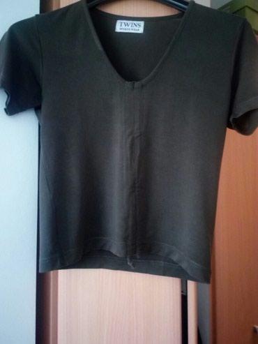 Majica,maslinastozelena.Veličina  L. - Cacak