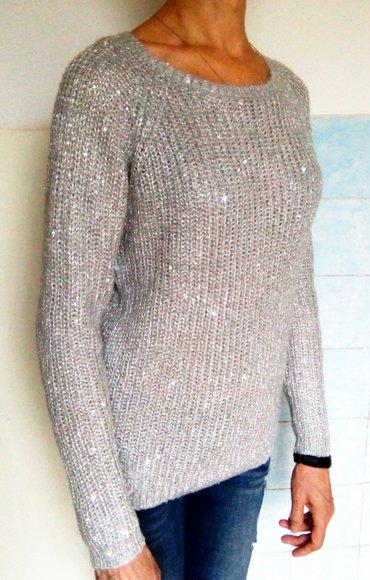 Продам свитер с блестками. размер: 46, в Бишкек