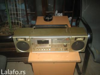 Paznja radiokasetofon2 odlican - Belgrade