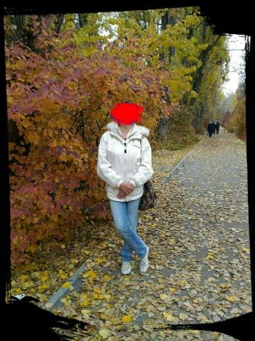 Продам классную деми курточку в в Бишкек