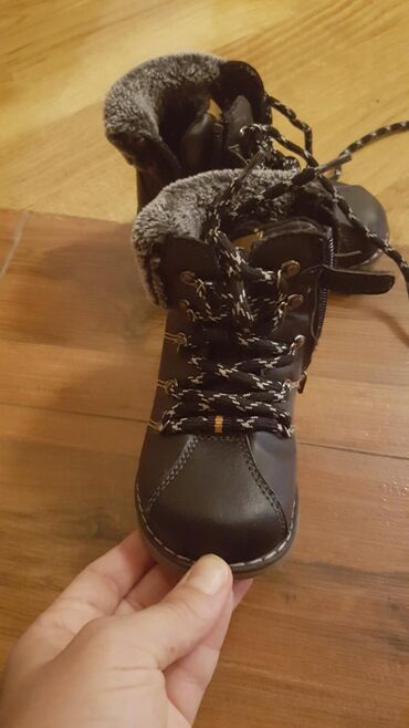 qış ortopedik uşaq ayaqqabıları - Azərbaycan: Qış üçün ayaqqabi satilir. 23 razmer