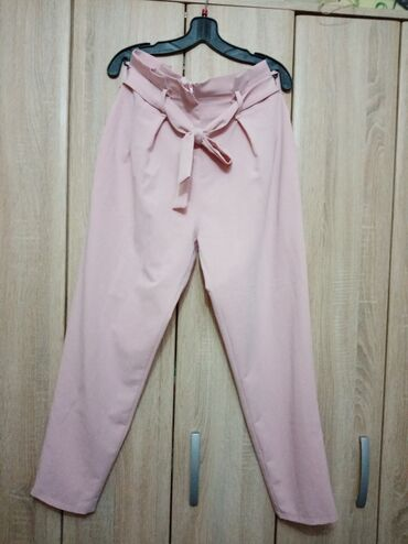 Pantalone visoki struk. Italijanske. Jednom obucene. Savrsene
