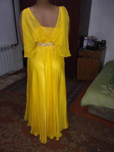 Продам платье очень красивое,оживала 1раз.размер платье 46-48 в Бишкек