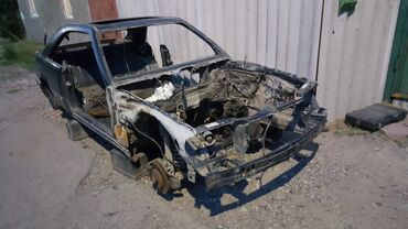 запчасти mercedes w124 в Кыргызстан: Кузовные запчасти w124 coupe КУПЕ. Документы не продаю