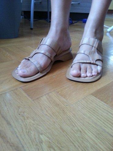 Ženske papuče broj 39, veštačka koža, u dobrom stanju. - Vrsac