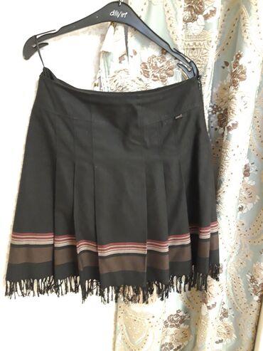Женская юбка. Ткань: шерсть. Производство: Турция. Размер: 42