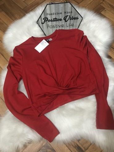 Nova majica sa etiketom, crop top, crvena boja, vrlo efektna velicina - Sremska Mitrovica