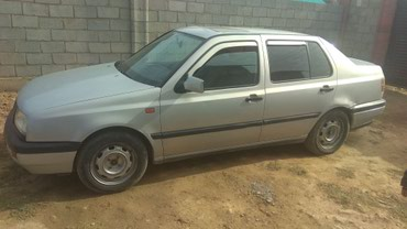 Volkswagen Vento 1992 в Бишкек