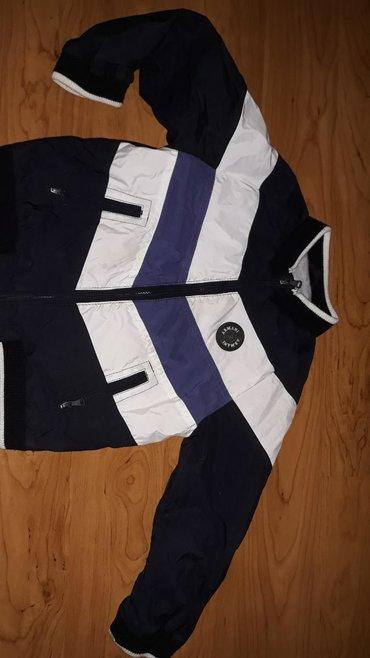 Original Armani jaknica za dečake. Teška srca je dajem za 1200