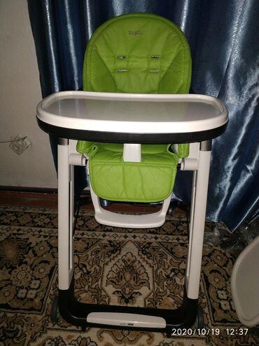 Итальянский стульчик для кормления ( оригинал ) все функции работают !