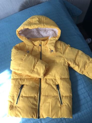 детская куртка на 2 3 года в Кыргызстан: Детска куртка б/у на 2-3 года (зима) в отличном состоянии. Цена 1500