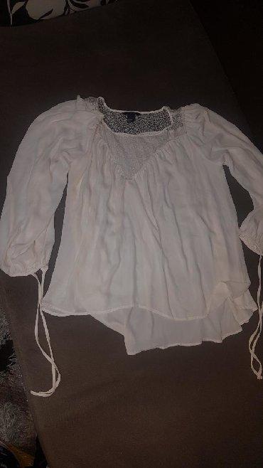 Ženska odeća | Negotin: Lepa bela leprsava kosulja H&M vel.40, idealna za svecane prilike