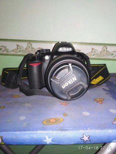 Продаю фотокамера и штатив все в Ош
