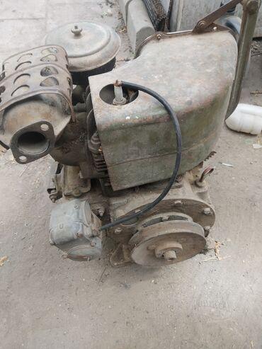 Двигатель УД-10 советский,на бензине,в рабочем состоянии,отдам за 3000