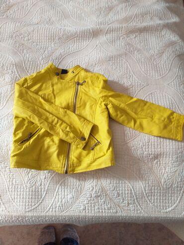 Кожаная куртка на 5-6 лет состояние хорошее 400 сом