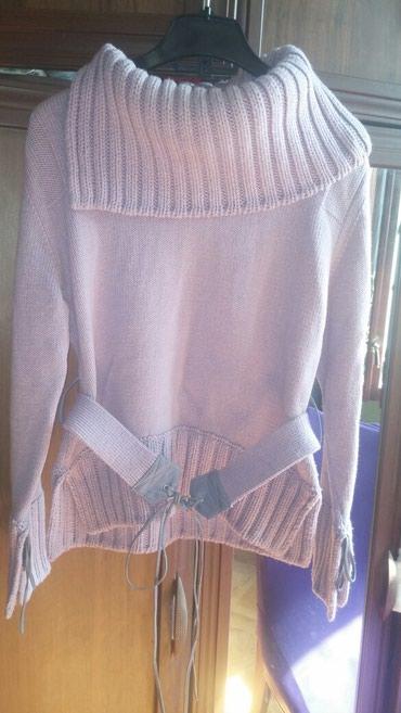 женские твидовые жакеты в Азербайджан: Женский свитер, очень теплый,50%шерсть,размер s,m,15манат