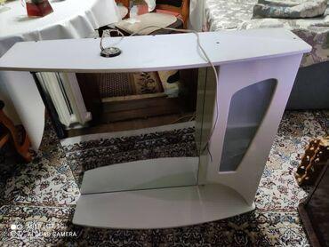 зеркало в комнате в Кыргызстан: Продаю зеркало для ванной комнаты. В хорошем состоянии
