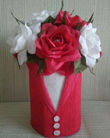 Букет из роз в смокинге 15 манат в наличии . В составе конфеты Трюфель