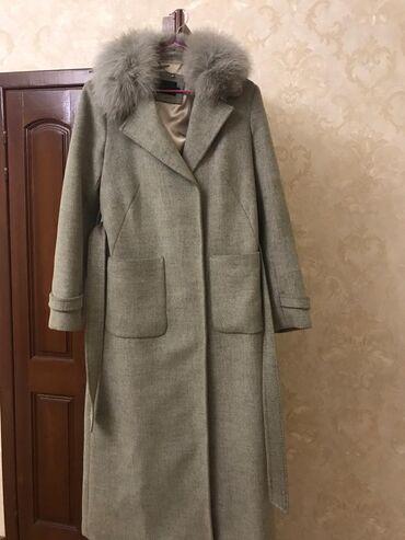 Пальто в идеальном состоянии  Размер 44-46идеально сядет  На 48 мерить