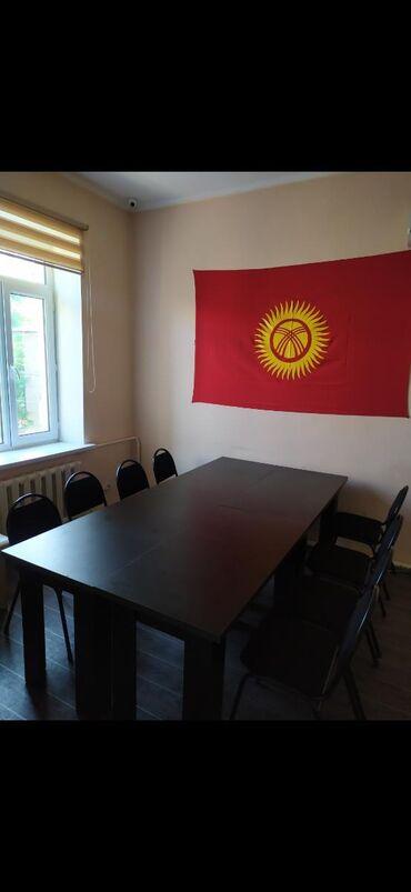 Продаются офисные столы и стулья В наличии есть 5 стульев, 3