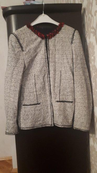 Xırdalan şəhərində Satilir original Zara markasinin penceyi yaxasi natural koral