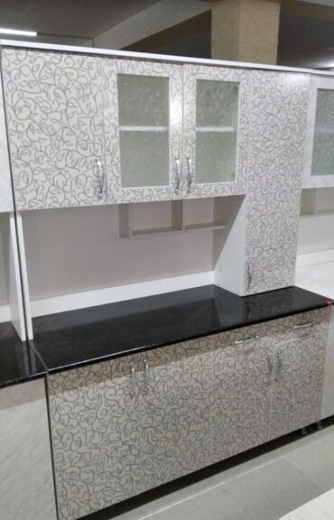Кухонные гарнитуры новый из российских ламинат качество отличное