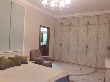 Продается квартира: 4 комнаты, 165 кв. м., Бишкек в Бишкек