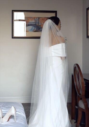 свадебные платья in Кыргызстан   КОНДИТЕРСКИЕ ИЗДЕЛИЯ, СЛАДОСТИ: Свадебное платье Испанская фирма JessРазмер 42 надевали один раз цвет