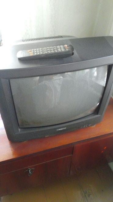 Телевизор самсунг диагональ 52 см в Бишкек