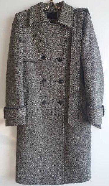женский пальто размер 46 в Кыргызстан: Продается женское пальто размер 46-48, утепленное, хорошее качество, о