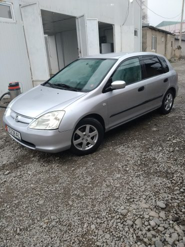 Honda Civic 2003 в Ош