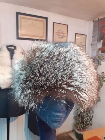 Avo krzno obim - Srbija: Subara od srebrne lisice. Obim 59 60cm. Prirodno krzno