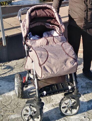 Срочно продам прогулочные коляску. пользовались мало 1, 5 месяц. На