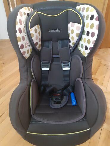 Auto sediste za decu - Srbija: Auto sediste za decu Nania do 18 kg. Ocuvano, u odlucnom stanju. Ima
