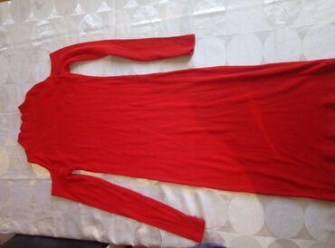 Crvena pamucna haljina sa dugim rukavima. Rebrasti pamuk vel s./m u
